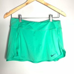 Nike Dri Fit Skort Size medium